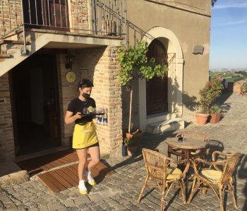 Loretello wordt steeds hipper; met een bar, kunstgalerie en museum